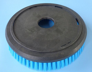 scrubber grit brush